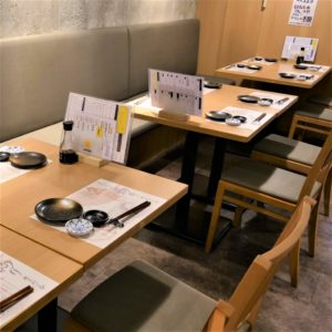 お席・店内_Table12_hanatare-headoffice-1
